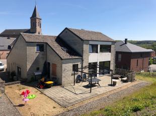 Au cur du village de Somme-Leuze , à 5 min de la N63 et à 10 min de Marche-en-Famenne, venez découvrir cette maison 4 chambres av