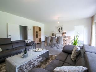 A l'entrée de Barvaux, venez découvrir cet appartement 2 chambres de + de 130m²!Situé au rez-de-chaussé d'une r&eacut