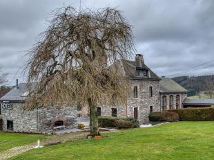 Situé au cur des Ardennes, ce complexe hôtelier saura vous ravir dès le premier coup dil !Tout dabord par sa situation Il est nich