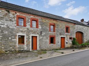 Idéalement située au cur des campagnes, dans le centre du hameau de Libois (Evelette-Ohey) sur un terrain de 1034m². Très sp