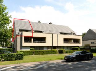 Ruim duplex appartement met staanplaats op centrale ligging.<br /> <br />  ++Bekijkt U de woning via een aanverwante website ga dan naar www.machon.be