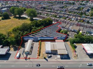 Carwash/opslagplaats/terrein voor handelspand of project te koop op een absolute (!!) toplocatie te Wilrijk (Antwerpen). Het terrein is gelegen langs