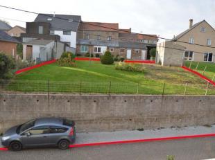 Perceel bouwgrond voor open bebouwing<br /> <br /> Groot 436 m² - 4a32ca<br /> <br /> Afmetingen<br /> + aan de straatzijde 18,83m<br /> + diepte