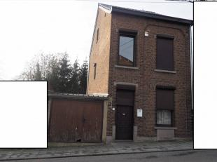 THUIS 4 GEVELS, 2 ch + loft geschikt voor verbouwing + garage + kelders, tuin + terras. Nieuw en mooi geïsoleerd dak + velux (23.000 eur) + nieuw
