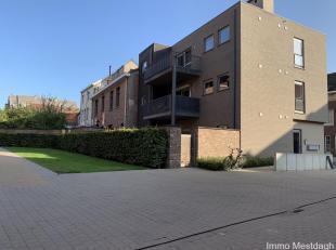 Modern appartement, bovenste verdieping.<br /> Centraal in stad gelegen ruim energiezuinig appartement in kleine residentie. Slechts één