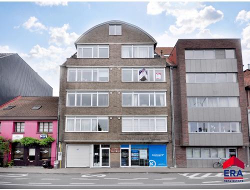 Appartement te koop in Eeklo, € 150.000