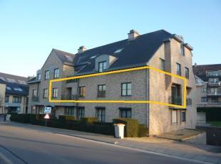 """Ruim appartement in residentie """"Molenweide"""", met als indeling : <br /> een inkomhal, wc, een woonkamer met balkon aan de voorzijde, open keuken met be"""