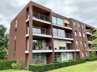 Recent appartement met twee slaapkamers.<br /> Het appartement daterend van 2011 is gelegen aan de Evence-Coppéelaan 96 te Genk tegenover het c