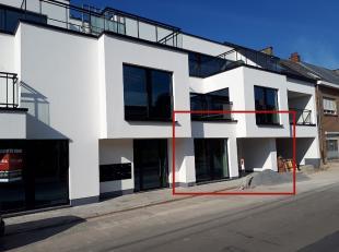 Dit gezellige, hedendaagse appartement is gelegen op de gelijkvloerse verdieping van Residentie Gaby. <br /> <br /> Het appartement omvat een inkomhal