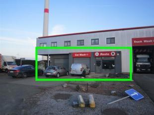 Op het industrieterrein in Maasmechelen mogen wij u deze opslagruimte aanbieden.<br /> Dit handelspand beschikt over een grote open ruimte, aparte toi