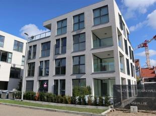 Centraal gelegen op de site Rijksweg-Rozenstraat-Boeienaarstraat bieden wij u dit stijlvol, gelijkvloers appartement met maar liefst drie slaapkamers
