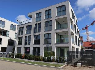 Centraal gelegen op de site Rijksweg-Rozenstraat-Boeienaarstraat bieden wij u dit stijlvol nieuwbouwappartement aan!<br /> Bij binnenkomst bevinden we