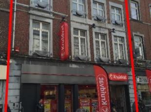 Commercieel gebouw te koop in DE winkelstraat van Verviers.Kruidvat huurt het pand sinds 2014.Een aparte ingang werd gecreëerd voor de 3 bovenlig