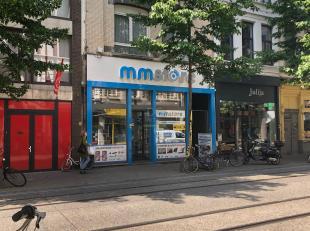 Dit handelspand is uitstekend gelegen op de welgekende Nationalestraat in Antwerpen. Het pand omslaat een oppervlakte van 95m². De hoge plafonds