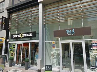 Voormalige MS Mode te huur in het beste stuk van DE winkelstraat van Geraardsbergen.Het pand is gelegen tussen de nieuwe vestiging van Rituals en Gran