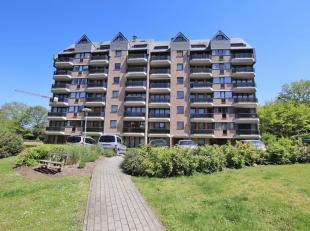 Zeer rustig gelegen, volledig gerenoveerd en instapklaar 1-slaapkamer appartement met terras in Heverlee. Residentie Hertogenpark. Bouwjaar 1991, voll