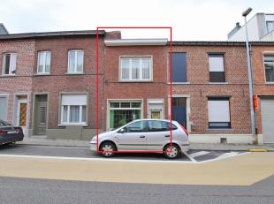 Renovatieproject voor starters of investeerders: Te renoveren woning met koer en bijgebouwen te Heverlee, perceel van 1are28ca.<br /> <br /> Gelijkvlo