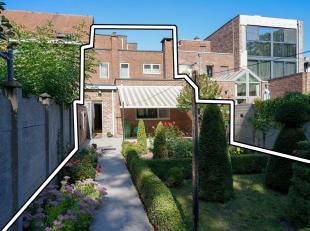 Mooie woonlocatie met achtertuin die uitgeeft op de Oude Stadswal met geklasseerde Bomenrij. De nog onverharde zuidelijke oude stadswal van het histor