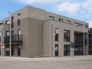 Gelijkvloers appartement in  eigentijdse residentie. 2 slaapkamers, terras, garage en kelderberging.<br /> Het appartement  is gelegen in een resident