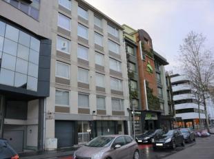 Appartement gelegen in het centrum. Inclusief parking in parkeergarage en kelderberging.<br /> Indeling: inkomhal, leefruimte, keuken, balkon aan de a