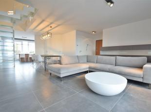 Magnifique duplex de 152m² idéalement situé: proche du centre de Waremme et de toutes commodités (commerces, transports, axe