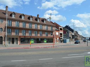 RS Homes Immo verhuurt dit uitzonderlijk goed gelegen handelsgelijkvloers in het hartje van Ninove. Met een totale oppervlakte van 309 m² is dit