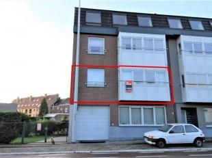 Ruim en instapklaar appartement met 2 slaapkamers, balkon en kelderberging gelegen nabij het centrum van Maaseik.<br /> ALGEMEEN<br /> - Renovatiejaar