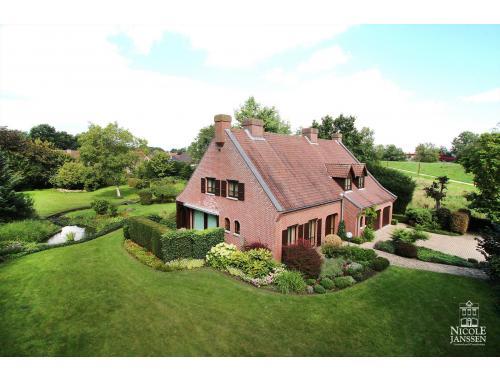 Villa-landhuis te koop in Vucht