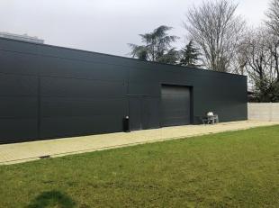 Het betreft de verkoop van een vernieuwd magazijn van 307 m² gelegen te Wilrijk.Dit pand kan ook gehuurd worden.78 Industries. Industriemakelaars