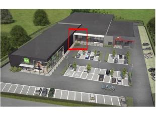 - Volledig nieuw pand- Grootte: 968 m²- Parking: 112 parkeerplaatsen (samen met Ava, Prik & Tik en Carglass)- Nooddeuren- Sectionaalpoort- To