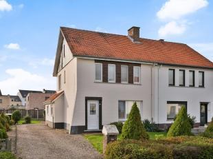 Deze gezellige gezinswoning is gelegen op een perceel van 5a18ca in het centrum van Neeroeteren. De woning beschikt over 3 slaapkamers en een leuke tu
