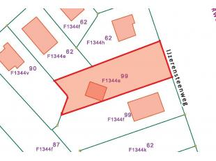 Perceel bouwgrond geschikt voor vrijstaande woning:<br /> - Oppervlakte: 12 a 78 ca.<br /> - Perceelbreedte: 21,5 m.<br /> - Perceeldiepte: ca. 60 m.<