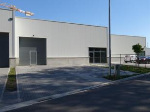 Nieuwbouw bedrijfsgebouw gelegen in Hasselt, vlakbij het centrum, en op slechts enkele minuten rijden van de oprit N°27 van de E313 (Antwerpen-Lui
