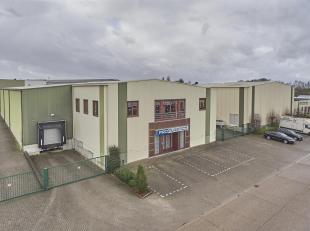 Industriële site inBorgloon op een terrein van 8861m², met een goede verbinding naar de N76 en de N79. Deze site bestaat uit verschillende h