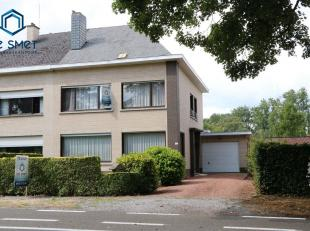 PRACHTIGE WONING MET 3 SLP, TUIN EN GARAGE.<br /> Deze prachtige woning gelegen op een boogscheut van Centrum Geraardsbergen.<br /> De woning omvat op