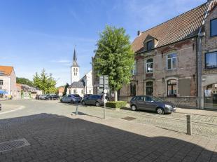 Exclusieve woning uit de 18e eeuw, vernieuwd naar hedendaags comfort.<br /> Deze woning, gebouwd in 1758 is gelegen in het hartje van Eppegem op een t