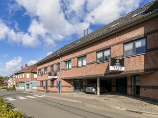 Ruime en instapklare bel-etage woning centraal gelegen te Weerde, vlakbij het openbaar vervoer, scholen, invalswegen en warenhuizen.<br /> Deze woning