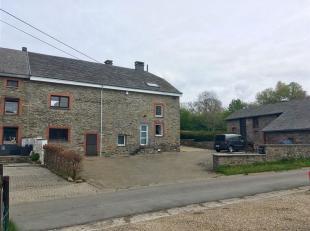 Belle maison familiale avec dépendance et grand jardin est située dans un village typique des Ardennes, appelé Baclain. Cette pro