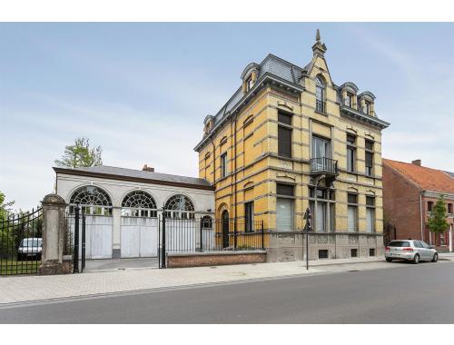 Herenwoning te koop in Sinaai-Waas, € 1.250.000