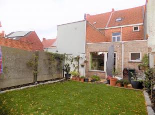 Hedendaagse woning met 3 slaapkamers nabij het centrum van Kuurne.<br /> Deze woning heeft in het jaar 1998 een grondige renovatie gehad. Een mooie ui