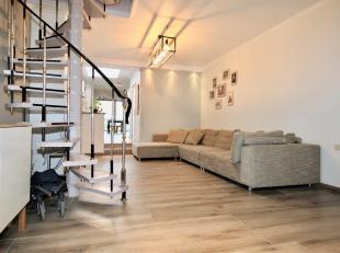 Ben je op zoek naar een instapklare en ruime woning met 4 slaapkamers en tuin in het centrum van Sint-Niklaas? Dan is deze woning zeker een bezoek waa