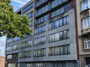 Dit schitterende appartement bevindt zich in hartje Brussel op de 6de verdieping.  <br /> U wandelt op 10 minuten naar Brussel centrum. De Noordwijk m