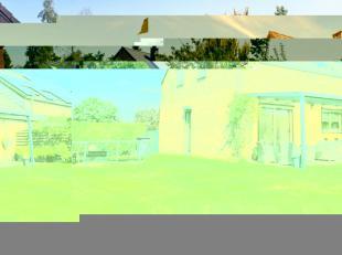 Charmante maison semi-mitoyenne 4 chambres, garage et beau jardin idéalement située dans une rue calme de Saive. Elle se compose comme s