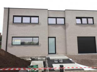 Maison à louer                     à 9500 Ophasselt