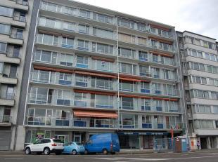 Uiterst mooi gelegen appartement nabij het commercieel centrum en op enkele minuten wandelen van de scholen en het station. het appartement gelegen op