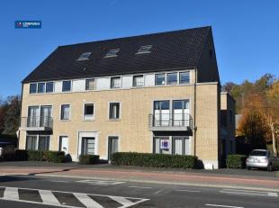 Gelijkvloers appartement op 500 m van het commerciële centrum, met een vlotte verbinding naar E 40, Sint-Truiden, Hasselt, ... Het appartement, b