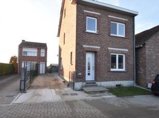 Volledig gerenoveerde woning in groene omgeving!<br /> <br /> Welkom te Bredeweg 12. U bevindt zich hier in een zeer groene rustige omgeving.<br /> To