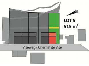 Perceel van 515 m² voor half open bebouwing, rustig gelegen in Sluizen, tuin met zuid-gerichte bezonning. Bouwoppervlakte van 135 m² en kan