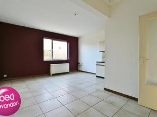 Centraal en rustig gelegen één-slaapkamer-appartement met garagebox, alles op wandelafstand.<br /> LIFT aanwezig tussen garagebox en app