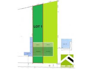 Mooi perceel bouwgrond, gelegen in de stadsrand.<br /> Dit perceel heeft een oppervlakte van 562m² met een breedte aan de straat van 10 meter en